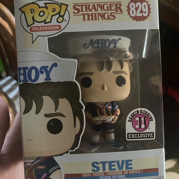 Funko Pop! Stranger Things Steve Baskin Robbins